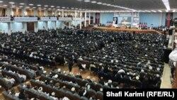 ۳۲۰۰ نفر از ریشسفیدان رهبران قبایل افغانستان در لویه جرگه شرکت دارند