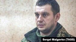 """""""Yañı Qapu""""nıñ üçünci rang kapitanı Volodımır Lisovıy"""