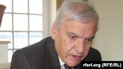میر محمد امین فرهنگ وزیر پیشین صنعت و تجارت افغانستان