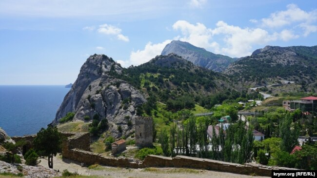 Вид на Генуэзскую крепость, Судак