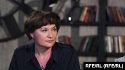 Елена Златогуре