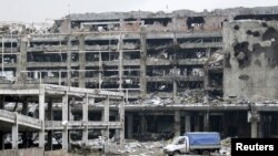 Здания, разрушенные во время боевых действий в Донецке.