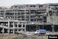 Руїни Донецького аеропорту. Листопад 2015 року