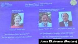 Нобел сыйлыгынын лаураеттары: Фрэнсис Арнольд, Жорж Смит, Грегори Уинтер. 3-октябрь, 2019-жыл.