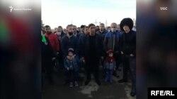 Азербайджанцы, застрявшие в Дербенте, до открытия границы