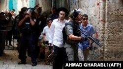 Policët në mbrojtëve të izraelitëve në qytetin e vjetër të Jerusalemit