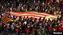 Сторонники референдума в Каталонии (Барселона)