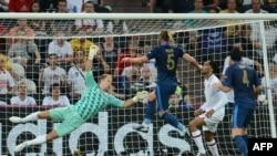 بازی فرانسه و انگلیس