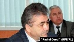 Тәжікстан мемлекеттік коммуникациялар қызметінің басшысы Бега Зухуров. 25 қаңтар 2011 жыл.