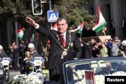 Тәжікстан президенті Эмомали Рахмон инаугурация кезінде. Душанбе. 16 қараша, 2013 жыл.