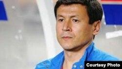 Футбол бўйича Ўзбекистон терма жамоаси мураббийси Миржалол Қосимов.