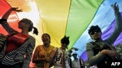 جشن تصویب قانون مجاز شمردن ازدواج همجنسگرایان در مکزیک.