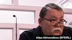 Серік Сәрсенов, Владислав Челахтың адвокаты. Талдықорған, 19 қараша 2012 жыл