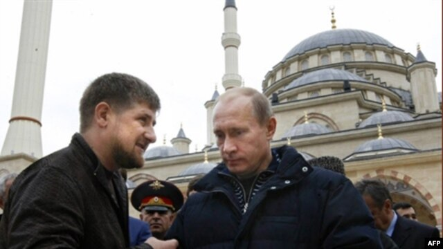 Russian Prime Minister Vladimir Putin and Chechen President Ramzan Kadyrov