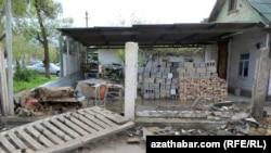 Aşgabat: ýumrulyşyk dowam edýär
