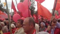 Коммунисты против старого Медведева и нового Ельцина
