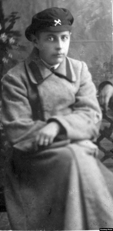 Бронислав Каминский, студент