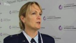 Жінки збагачують армію різноманіттям думок: досвід Збройних сил США
