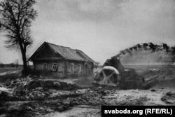 Деревни в зоне отчуждения закапывали, чтобы не разносилось радиация