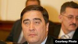 Илшат Фәрдиев