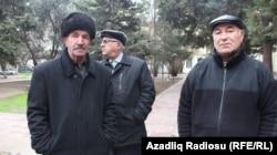 Ağasadıq Zahidov və Fərasət Zahidov (sağda)