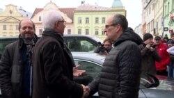 Професор проти «друга Путіна»: в Чехії проходить другий тур виборів президента (відео)