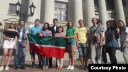 """""""Азатлык"""" татар яшьләре берлеге активистлары"""