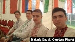 Українські учасники (крайній справа Макарій Дадак)