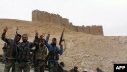 Сирийская армия во взятой Пальмире