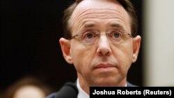 Baş prokurorun müavini Rod Rosenstein respublikaçı millət vəkillərinin çətin suallarına cavab verməli olub.