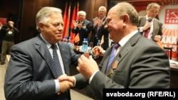 Пятро Сіманенка і Генадзь Зюганаў, архіўнае фота