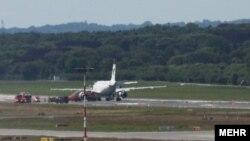 هواپیمای ایران ایر که در فرودگاه هامبورگ دچار سانحه شد.