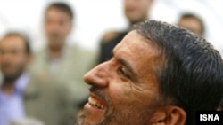 عليرضا علی احمدی، پيشتر از سوی رييس جمهوری اسلامی ايران به عنوان کانديدای وزارت تعاون به مجلس معرفی شده بود، ولی رای اعتماد نمايندگان مجلس را کسب نکرده بود.( عکس: ایسنا)