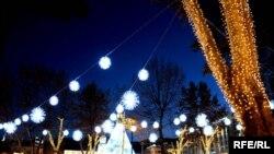 Перед новогодними праздниками люди особенно много ездят, к родным, близким и друзьям