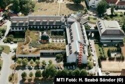 Az egri Flóra Hotel 2002-ban, még nem Mészáros Lőrinc tulajdonában