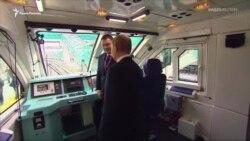 Из Крыма в Тамань: Путин запустил поезда по Керченскому мосту (видео)