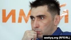 Азаматтық белсенді Вадим Курамшин. Алматы, 31 тамыз 2012 жыл.
