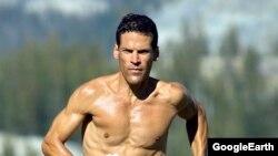 Американский свермарафонец Дин Карнасис.