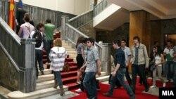 Отворен ден во македонското Собрание, граѓани во парламентот.