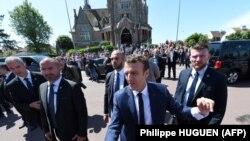 Францускиот претседател Емануел Макрон за време на вчерашните избори