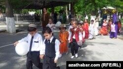 Дошкольники Ашхабада (Иллюстративное фото)