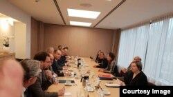 Архивска фотографија, косовскиот тим на средба со еврокомесарката Фредерика Могерини