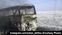 18 ноябрда 52 ўзбекистонлик ёниб кетган автобус.