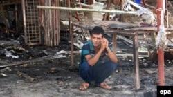 Pamje pas një shpërthimi të mëhershëm në Bagdad