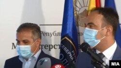Заедничка прес-конференција на министерот за внатрешни работи, Наќе Чулев и претседателот на ДИК, Оливер Деркоски