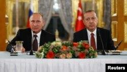Վլադիմիր Պուտինն ու Ռեջեփ Էրդողանը համատեղ ասուլիս են տալիս, Թուրքիա, 10-ը հոկտեմբերի, 2016 թ․