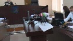 Прокурори заявили про завершення досудового слідства щодо Порошенка, захист кличе Венедіктову в суд – відео