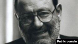 İtalyan yazıçısı Umberto Eco