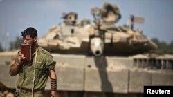 Qəzzada İsrail hərbçisi - 24 iyul 2014