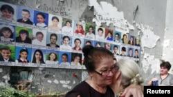 Далеко не все пострадавшие от бесланского теракта верят в то, что подобная встреча - если она даже состоится - ускорит расследование трагедии
